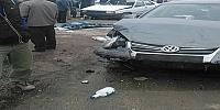 Bozcamahmutta Trafik Kazası 1 Ölü 2 Ağır Yaralı